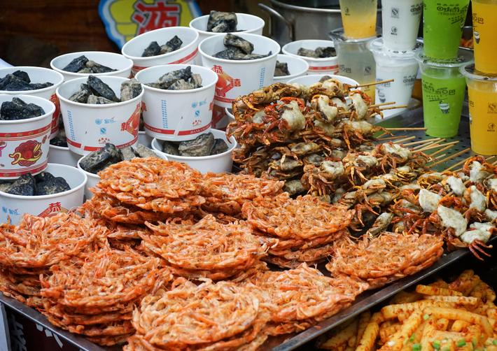 ẩm thực ở Phượng Hoàng Cổ Trấn